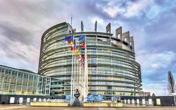 parlement-buxelles-strasbourg-union-europeenne-cout